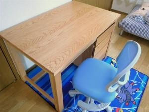 20110408 木の家具のある暮らし〔学習机〕③